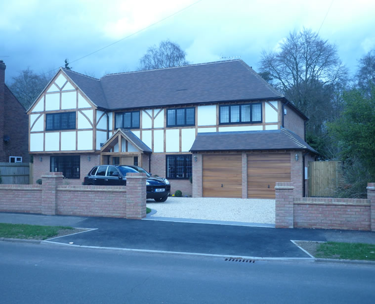 New developments including five bedroom home in amersham for Five bedroom house